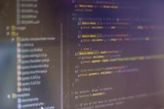 Tela abstrata de programação do código do programador de software imagens de stock royalty free