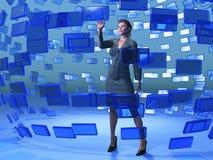 Tela azul tocante da mulher de negócios fotos de stock