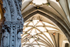 Tela Bristol Cathedral da estrada da escultura imagens de stock royalty free