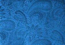 Tela cinzenta ou de prata de veludo com um teste padrão floral elegante do vintage ou uma textura luxuosa Fotografia de Stock Royalty Free