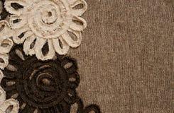 Tela de Brown con el borde de la flor Fotos de archivo