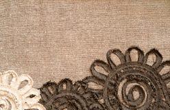 Tela de Brown con las flores Fotografía de archivo