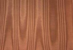 Tela de seda del moaré del oro Fotos de archivo libres de regalías