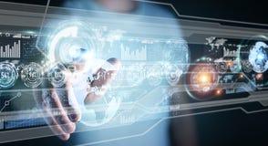 A tela do holograma com os dados digitais usados pelo homem de negócios 3D rende Imagens de Stock
