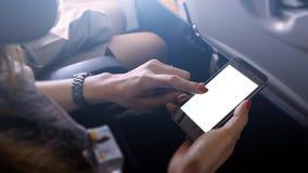 Tela do telefone celular do toque e da corrediça no avião ou nos aviões, b Imagem de Stock Royalty Free