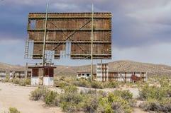 Tela exterior abandonada do teatro do cinema ao ar livre Imagem de Stock Royalty Free
