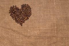 Tela marrom de serapilheira dos feijões de café natural Fotografia de Stock