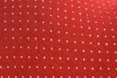 Tela roja de la vendimia con los puntos blancos Foto de archivo