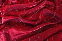 Tela vermelha do cetim com linhas brilhantes Imagens de Stock Royalty Free