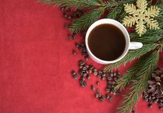 Tela vermelha do fundo com uma música do Natal imagens de stock royalty free