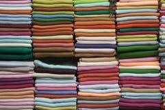 Telas coloridas fotos de archivo