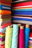 Telas coloridas Foto de archivo libre de regalías
