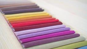 Telas del color de la calidad de la paleta cerca para arriba almacen de video