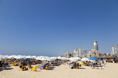 Verão na praia em Telavive Israel Fotos de Stock Royalty Free