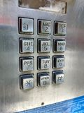 Telclado numérico, teléfono de pago, teléfono público, teléfono público, NYC, NY, los E.E.U.U. imagen de archivo