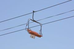 Telecadeira em um parque de diversões Fotografia de Stock