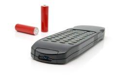 Telecomando e due batterie immagini stock