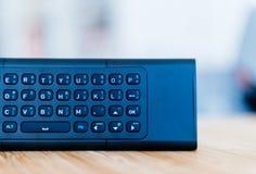 Telecomando moderno con la tastiera di qwerty piena Immagine Stock