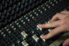 Telecomando per audio registrazione miscelazione Fotografia Stock Libera da Diritti