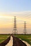 Telecommunicatie het uitzenden toren Stock Foto's