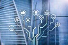 Telecomunicação e conceito de IOT no fundo borrado do centro de negócios fotografia de stock royalty free