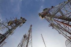 Telecomunicaciones poste Imagen de archivo