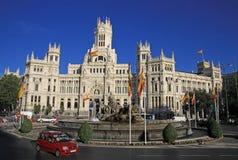 Telecomunications slott - Madrid stadshus på den Cibeles fyrkanten Royaltyfria Foton