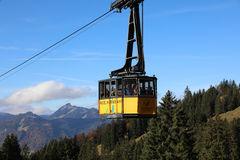 Teleférico de Nebelhorn Imágenes de archivo libres de regalías