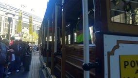 Teleférico de San Francisco que sube almacen de video