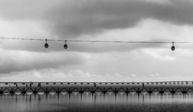 Teleférico em Lisboa, no ¡ rio de Lisboa de Oceanà Fotografia de Stock Royalty Free