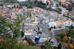 Teleférico a la montaña sagrada de Varallo, Italia Imagen de archivo