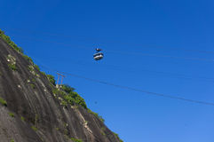 Teleférico na montanha do naco de açúcar Foto de Stock Royalty Free