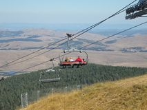 Teleférico na montanha na Sérvia fotografia de stock royalty free