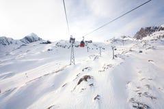 Teleférico que vai ao pico de Kitzsteinhorn Fotografia de Stock Royalty Free