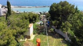 Teleférico retro de la ciudad en Yalta, Crimea metrajes