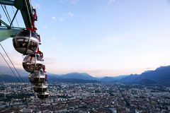 Teleféricos de Grenoble no Bastille do la Fotografia de Stock Royalty Free