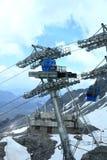 Teleféricos do cabo aéreo de Jade Dragon Snow Mountain imagens de stock