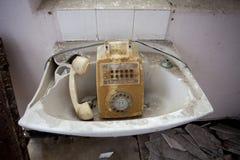 Telefon i vask Fotografering för Bildbyråer