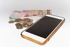 Telefon i vit bakgrund royaltyfri fotografi