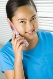 telefon komórki dziewczyny Obraz Stock