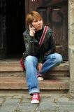 telefon komórkowy kobiety potomstwa Obraz Royalty Free