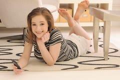 telefon komórkowy parawanowy nastolatka dotyk Obrazy Royalty Free