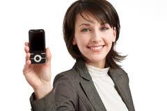 telefon komórkowy ręki uśmiechnięci kobiety potomstwa Obrazy Royalty Free