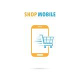 Telefon komórkowy z onlinym zakupy zastosowaniem internet backgraund laptopa na zakupach white Zdjęcia Stock