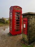 Telefon oder Post stockfoto