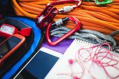 Telefon, Seil, Navigator und Taschenlampe Lizenzfreie Stockbilder