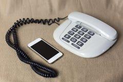 Telefone alt und modern Lizenzfreie Stockfotos