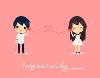 Telefone bonito do papel da chamada dos pares do cartão Valentim feliz da camisa de vestido Fotos de Stock