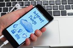 Telefone com Internet de ícones das coisas Foto de Stock Royalty Free