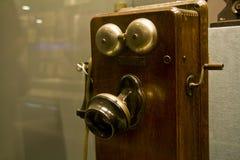 Telefone de madeira velho Fotografia de Stock